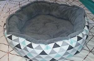 Large Pet Bed Blackalls Park Lake Macquarie Area Preview