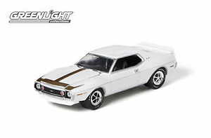 GREENLIGHT 1:64 SCALE COUNTY ROADS SERIES #8 WHITE 1971 AMC JAVELIN AMX