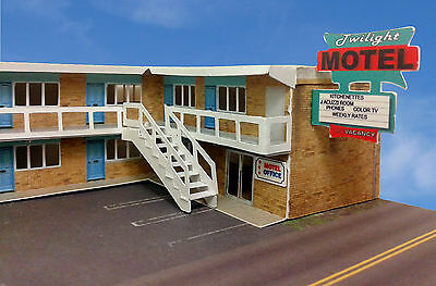 """N Scale Building - """" Twilight"""" Motel Pre-Cut Card Stock (Paper Kit), used for sale  Canada"""