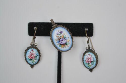 Antique enamelware demi set earrings/pendant enamel flower painted vintage Victo