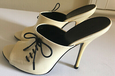 Vintage Women's Gucci Shoes - Cream Leather