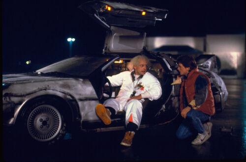 BACK TO THE FUTURE MICHAEL J. FOX CHRISTOPHER LLOYD DELOREAN CAR