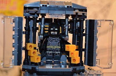 DC Super heroes BATCAVE Batman CAPE & COWL Chamber Playset  figure US - Batman Playset