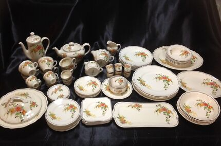 Antique Dinner Set Hoppers Crossing Wyndham Area Preview