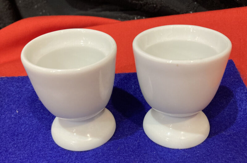 VINTAGE PAIR APILCO FRENCH PORCRLAIN SOLID WHITE EGG CUPS