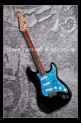 GFA Country Legend * NEIL YOUNG * Signed Electric Guitar PROOF COA