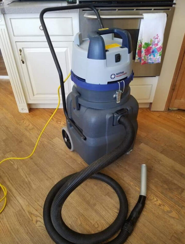 Nilfisk Eliminator 2 II Wet/Dry Vacuum GWD 360 HEPA Great Condition, Home Used