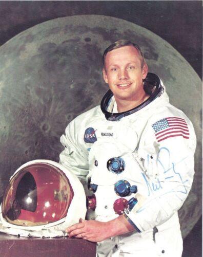 Neil Armstrong Vintage SIGNED 8X10 PHOTO AUTOGRAPH REPRINT