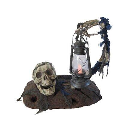 Ground Breaker with Lantern](Halloween Ground)