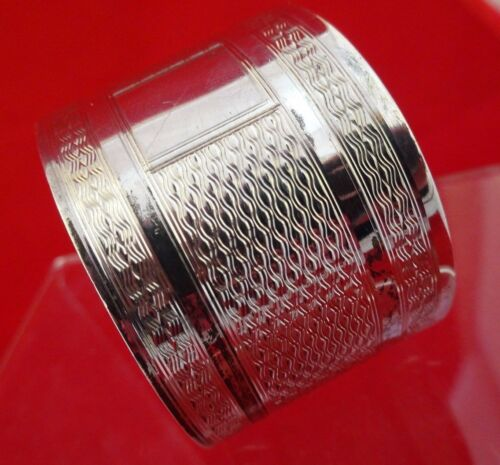 Antique English Wide Sterling Silver Napkin Ring w/ Geometric Design  (2643)