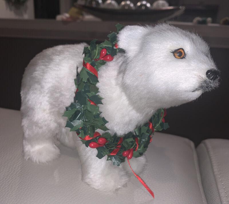 "Byers choice,  White Polar BEAR Adult - 2011 w/ Wreath on Neck 5"" x 8"""