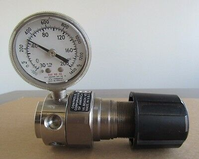Airco Gas Regulator 400 Series W Gauge