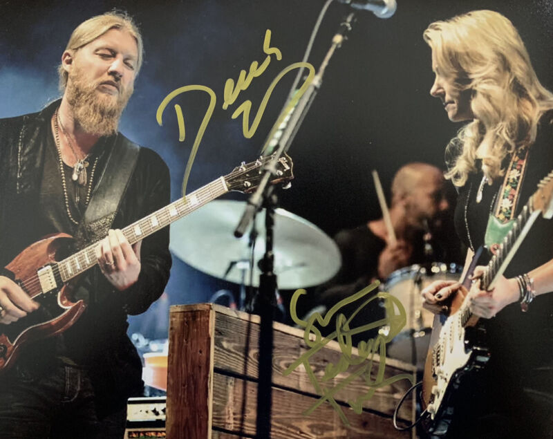 TEDESCHI TRUCKS BAND HAND SIGNED 8x10 PHOTO FOLK MUSIC AUTOGRAPHED AUTHENTIC