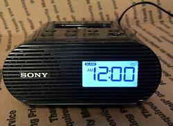 Sony ICF-C05IP iPod Clock FM Radio Alarm Speaker Dock MP3 *TESTED* Works **