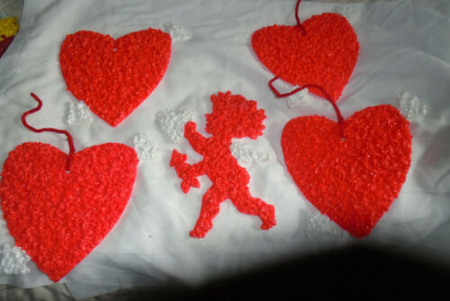 5 small sized Melted Plastic Popcorn Glitter Plaques/Decorations-hearts/cupid