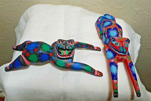 Lot+of+2+Vintage+Signed+Oaxacan+Alebrije+Wood+Carved+%26+Painted+Folk+Art+Animals