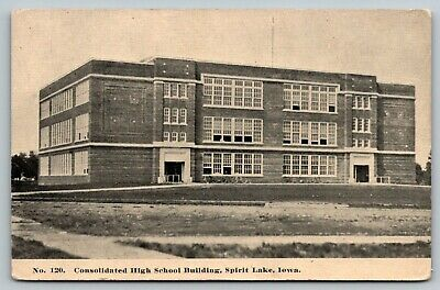 Spirit Lake Iowa~Consolidated High School Building~Open Windows~c1910 B&W PC