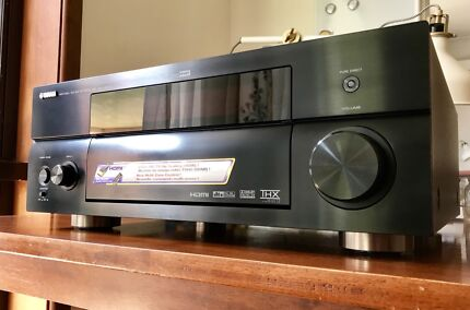 Yamaha RX-V2600 with remote and manual