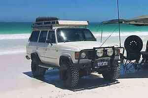 toyota landcruiser 60 series licenced with 350 chev Banksia Grove Wanneroo Area Preview