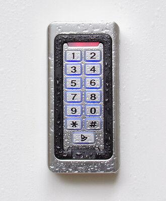 PIN-Codeschloss & RFID, IP68, Metallgehäuse, Klingeltaste und Design-Transponder