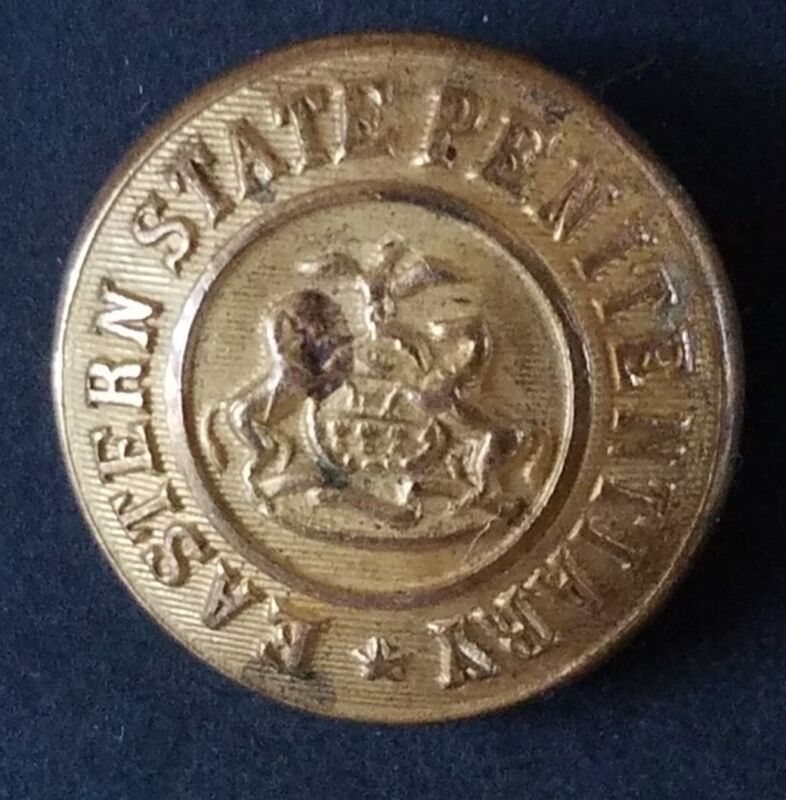 Bb EASTERN STATE PENITENTIARY (Pennsylvania) UNIFORM BUTTON Medium Gilt