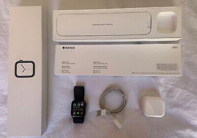 Apple Watch Series 4 - 40 mm Space Grey - GPS + Cellular - Sport Loop