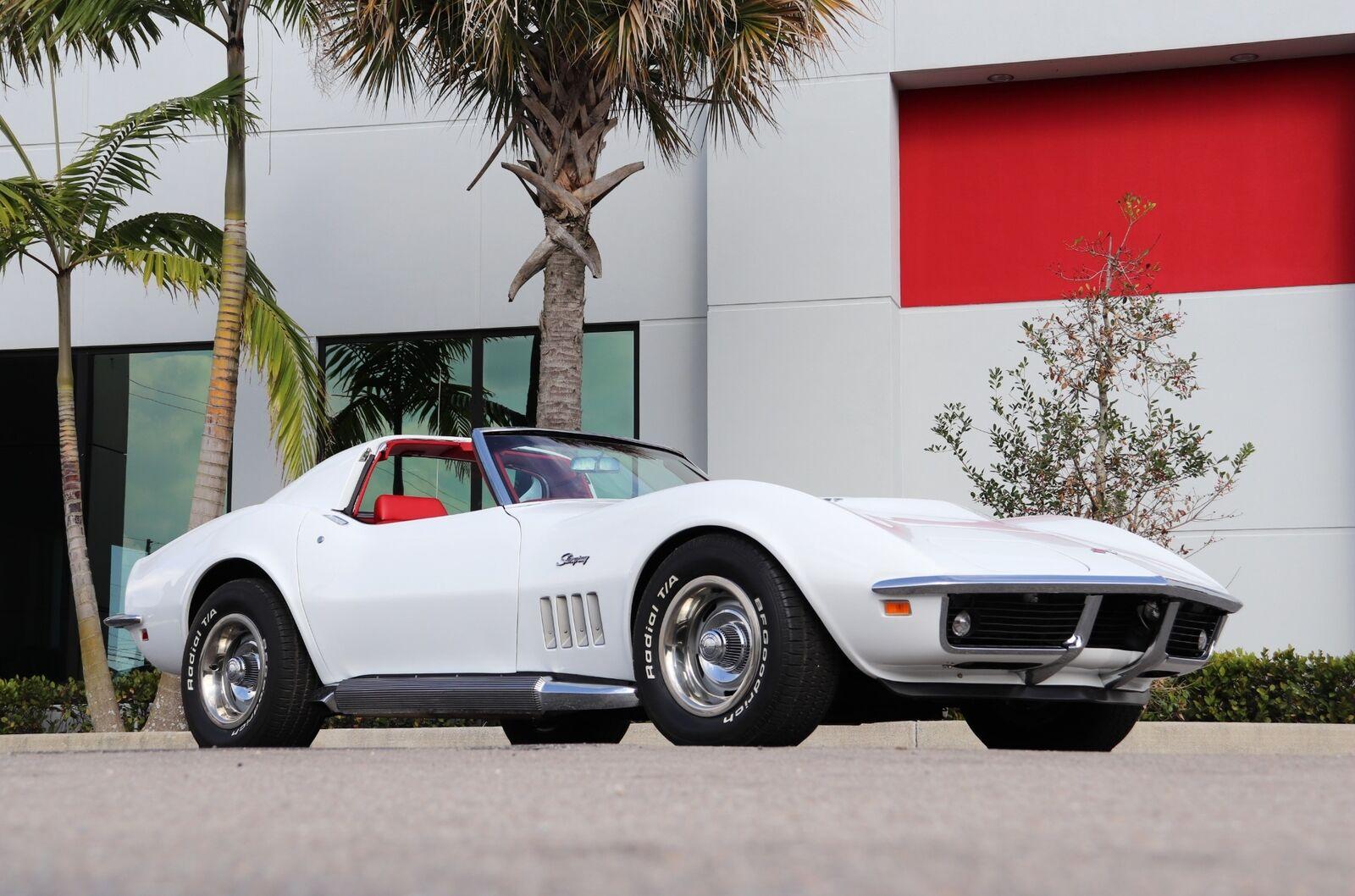 1969 White Chevrolet Corvette   | C3 Corvette Photo 3