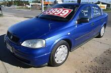 2004 Holden Astra Manual Sedan Lonsdale Morphett Vale Area Preview