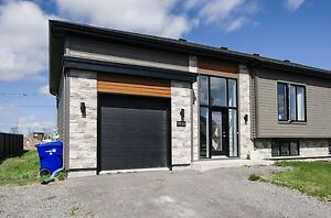 Maison - à vendre - Mirabel - 13885533