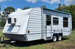 STATESMAN 19ft CARAVAN, ROLL OUT AWNING WITH WALLS, AIRCON, Deception Bay Caboolture Area Preview