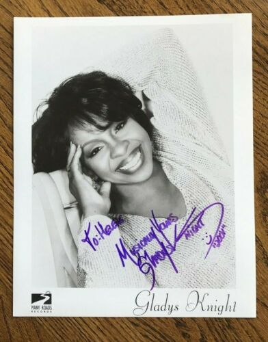 """GLADYS KNIGHT Signed 8 x 10 B&W Photo """"MUSICALLY YOURS"""" 2001"""