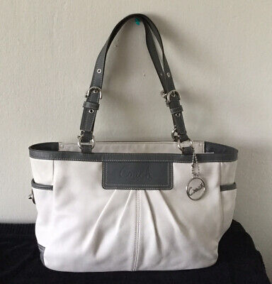 Coach Authentic Womens Ivory Gray Leather Shoulder Handbag