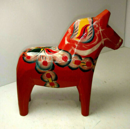 Vintage Akta Dala Hemslojd Painted Swedish Dala Horse Folk Art Figure EUC