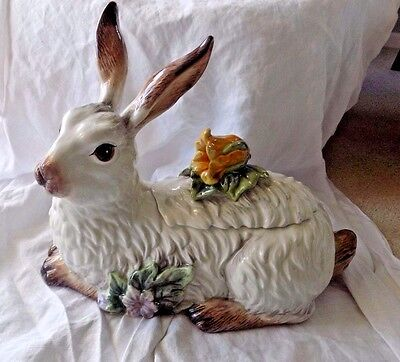 Fitz and Floyd Fattoria new pattern Spring 2017 cookie jar new in box bunny