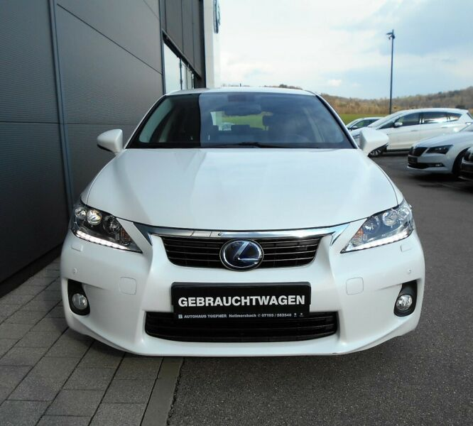 Lexus CT 200h Luxury Line Navi LED Leder PDC GRA