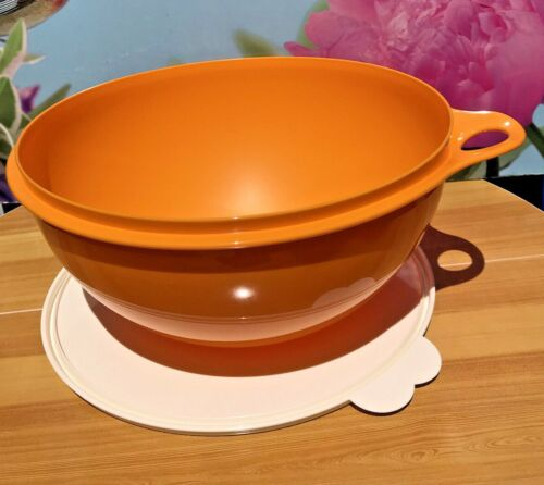 TUPPERWARE 32 Cup 7.5 Liter THATSA BOWL Yellow Papaya W/Seal White NEW