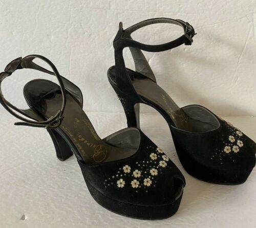 Gainsborough 1940 Vintage Clothing Black Suede High Heels Shoes Pearl Decor
