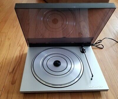 Spectacular Bang & Olufsen Beogram 100 Turntable with MMC  new Cartridge service