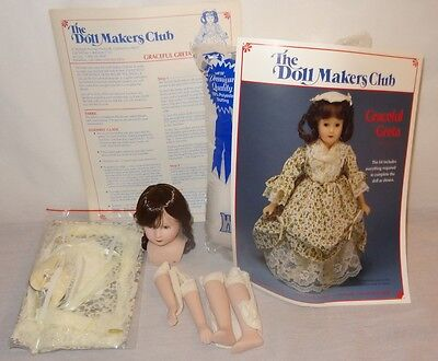 """New Old Stock Graceful Greta 1988 12"""" The Doll Makers Club Sewing Kit"""