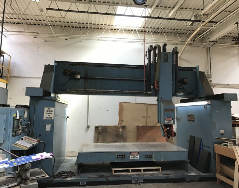 """Thermwood 5 axis CNC router 5X10 , 60"""" x 120"""" work area"""