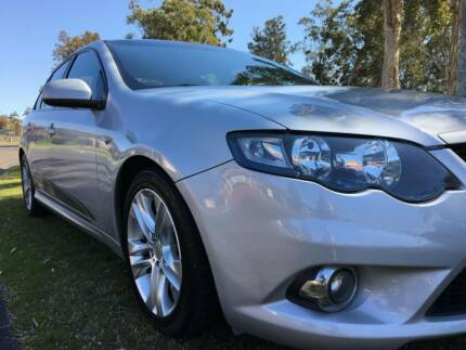 FORD FG FALCON XR6 AUTO BOOKS 1 OWNER LOW KM IMMACULATE COND