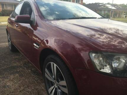2006 HOLDEN VE COMMODORE BERLINA SEDAN 137k's BOOKS AWESOME CAR