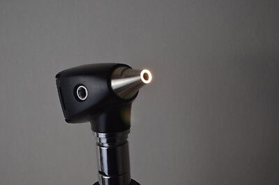 Welch Allyn Ref 25020a 3.5v Diagnostic Otoscope Head Only - Working Condition