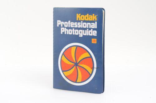 KODAK PROFESSIONAL PHOTOGUIDE R-28 1979 - VERY CLEAN, COMPLETE