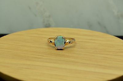 10K YELLOW GOLD OVAL WHITE OPAL DOUBLET SOLITAIRE RING BAND SIZE 6