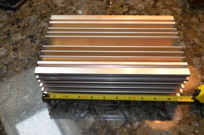 "Large Reclaimed Extruded Aluminum Heatsink 11""x6.75""x3.1"" Audio Amp Heavy Weight"