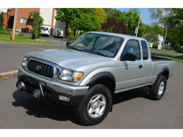 2003 toyota tacoma xtracab v6 5 speed manual 4x4 service records no reserve used toyota tacoma. Black Bedroom Furniture Sets. Home Design Ideas