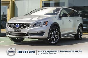 2015 Volvo V60 Cross Country T5 PREMIER +
