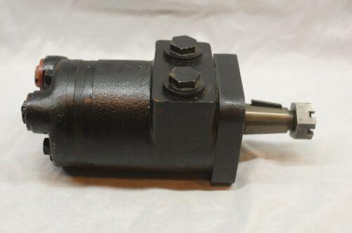 Hydraulic Motor Machinery Farm Equipment Tapered shaft 4 bolt mounting