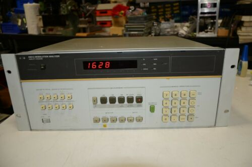 HP Agilent 8901A Modulation Analyzer With 001 002 003